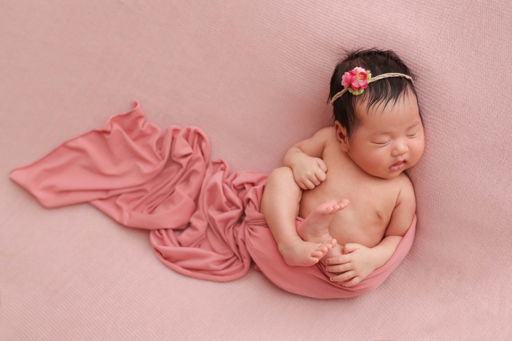 802d80f7e Newborn Session – Lily 1 month old